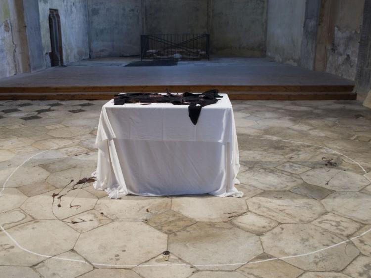Živý oltář - Temná hmota